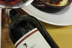 cinghiale polenta e vino rosso