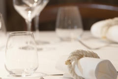 Un particolare della tavola apparecchiata del ristorante Santa Teresa a Genova