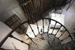 Particolare delle scale a chiocciola del ristorante Santa Teresa a Genova