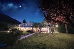 il-giardino-di-notte-del-ristorante-bernardone