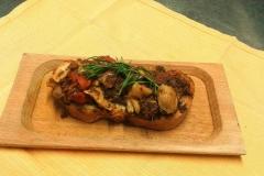 crostone dell'Osteria del Mandorlo a Calvi
