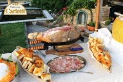 Un angolo del buffet allestito dalla pasticceria Carletti di Terni