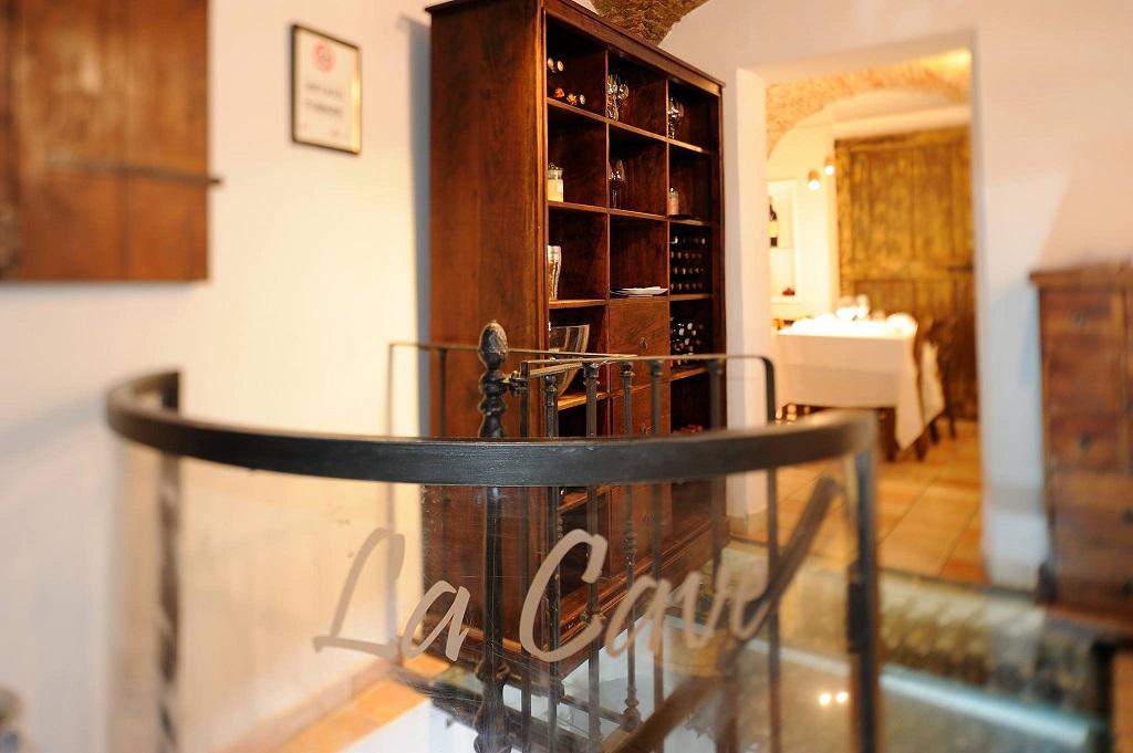 Particolare dell'interno del ristorante Santa Teresa a Genova