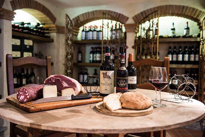 salumi-toscani-e-vino-rosso-del-ristorante-bernardone