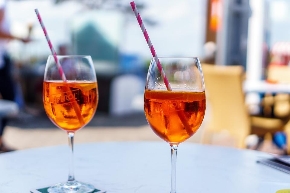 aperol-spritz-cocktail-aperitivo